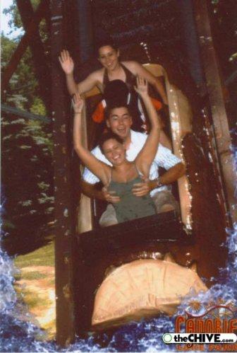 roller coaster 13 Best Roller Coaster Souvenir Photos Ever (19 Photos)