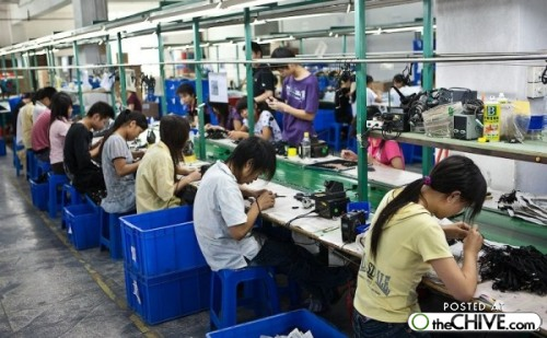 a made china factory workers 9 Made in China behind the scenes (25 photos)