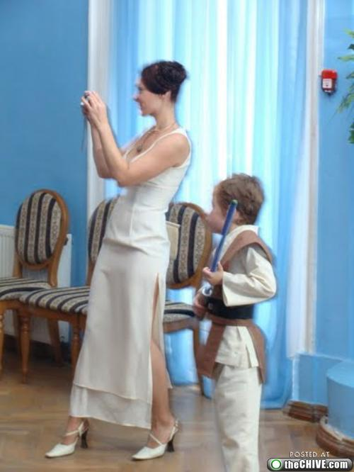 add these too 1 This Star Wars wedding is perfectly normal, not weird at all (22 Photos)