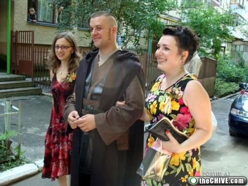 star wars lead 21 This Star Wars wedding is perfectly normal, not weird at all (22 Photos)