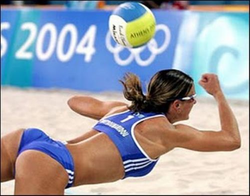summer volleyball 25 Summers here and you know what that means? Beach volleyball (21 Photos)