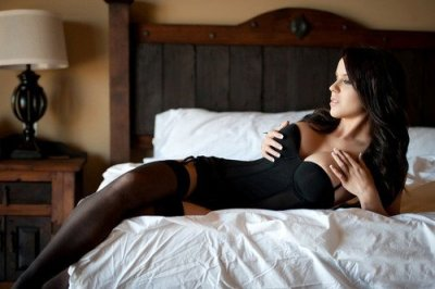chick hot girl in dessous