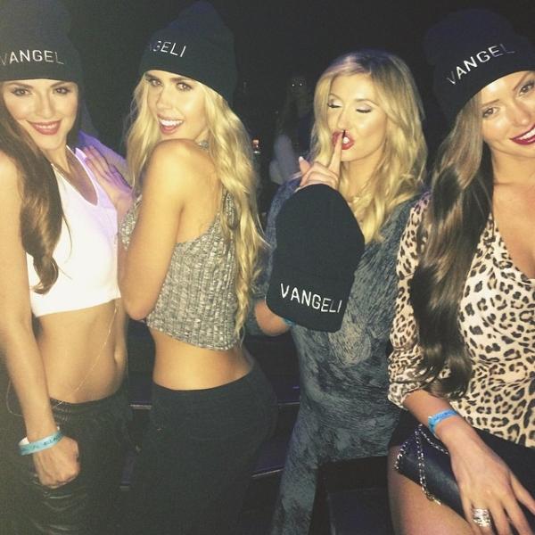 Girls in vangeli hats