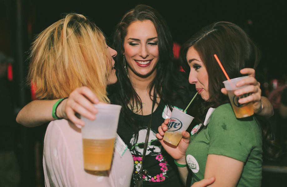 chivers are throwing unoffical meetups everywhere xx hq photos 37 e1432221094526 Chivers are throwing unoffical meetups everywhere (52 HQ Photos)