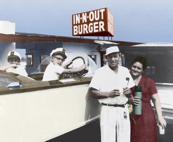 a few in n out burger facts to feed your hunger 14 photos 152 A few In N Out Burger facts to feed your mind (14 Photos)