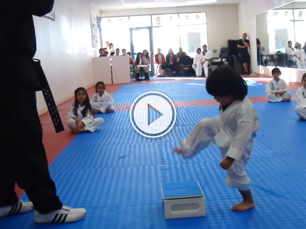 Video of a little Boy Trying To Break Board In Taekwondo is too adorable.