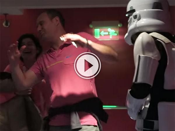 Storm Trooper prank at London Cinema (Video)