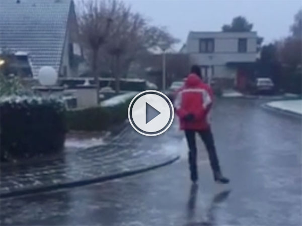 The Dutch ice skating down the road (Video)