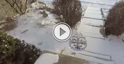 This is how Canadians use their drones; snow removal (Video)