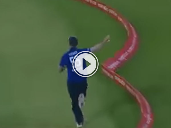 Amazing catch by Ben Stokes for England (Video)