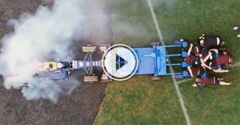 Daniel Ricciardo's Red Bull against Bath Rugby club (Video)