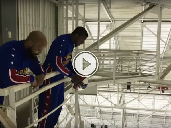 Check out this effortless 130 foot basket from a catwalk! (Video)