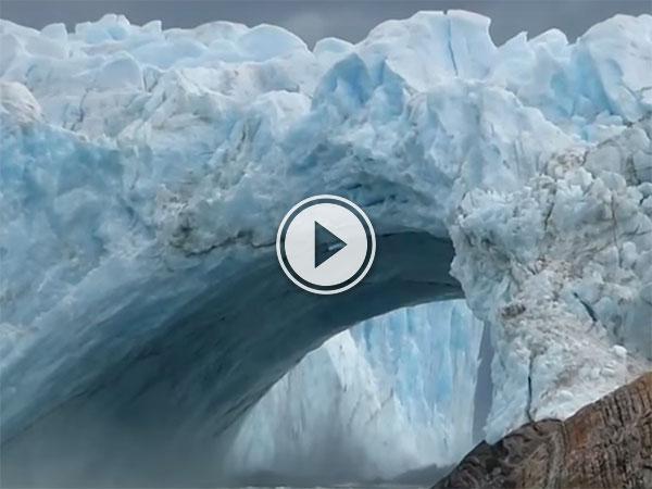 Glacial bridge collapsing in Argentina (Video)