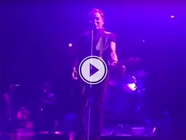 The Boss pays tribute to Prince (Video)