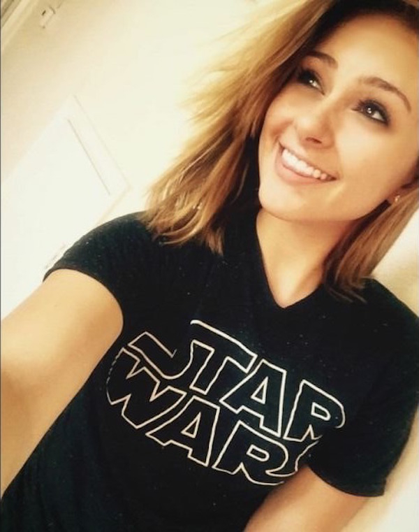 Cute chick caught candid in black Star Wars tshirt