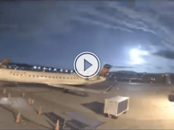 Is this actual proof of an alien landing? - Nah, just a meteorite! (Video)