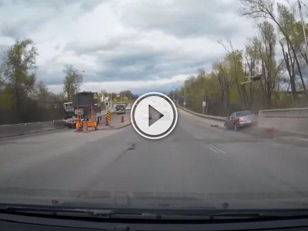Dash cam catches potential drunk driver crashing (Video)
