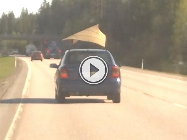 Car in Finland has terrible aerodynamic sail (Video)