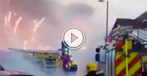 Fire at a fireworks factory in Southampton (Video)