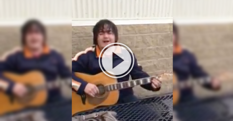A Fort McMurray dude's got the blues; some shitty blues! (Video)