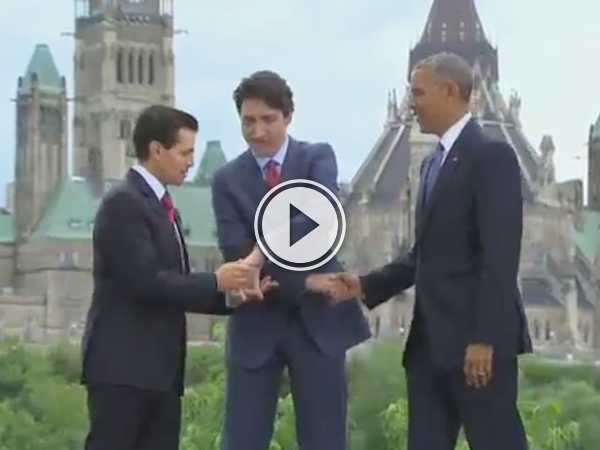 A PM, a POTUS and a President try to shake hands at the same time (Video)