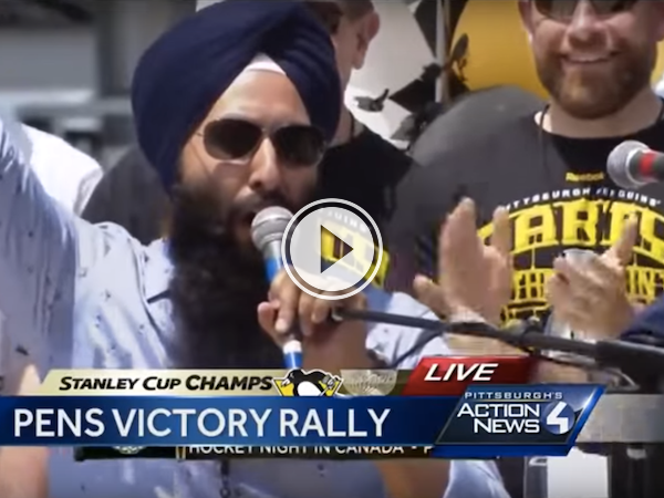 Epic 'Bonino' announcer gets celebrated at the Penguins' parade! (Video)