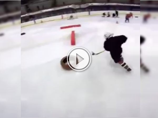 These 7-year old hockey trainees are coming for your girl (Video)