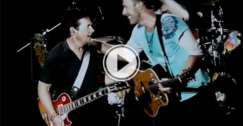 Marty McFly performs with Coldplay (Video)