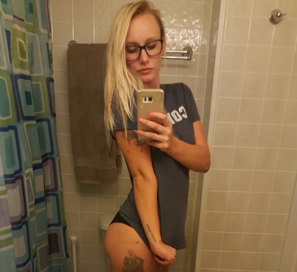 There are Sexy Women/Girls among us (70 Photos)