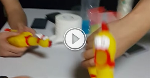 Rubber chickens lay down an EDM beat (Video)