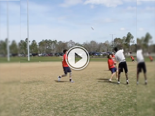 Dude pulls off an absurd frisbee throw; acts like nothing happened! (Video)
