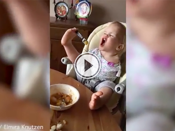Incredible toddler with no arms learns to use her feet to eat