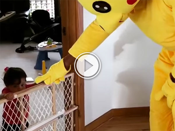 The Rock dressed as Pikachu dancing with his son (Video)