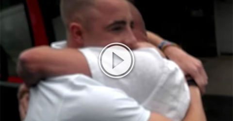 Father surprised by kids before wedding will give you all the feels (Video)