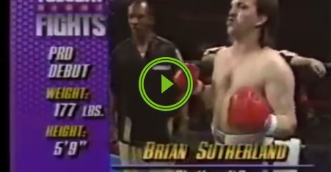 This dude may be the worst boxer in history (Video)