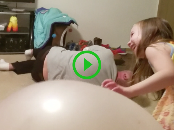 Dad sinks through large inflated balls in painful fail (Video)