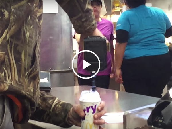 Man mixes his McFlurry with a drill (Video)
