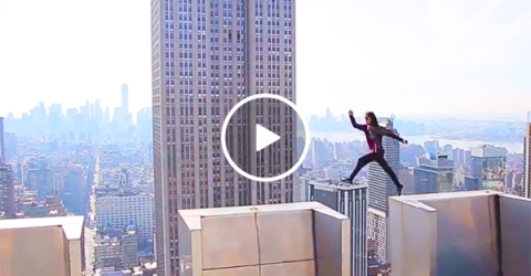 Rooftoppers show people what New York looks like from above