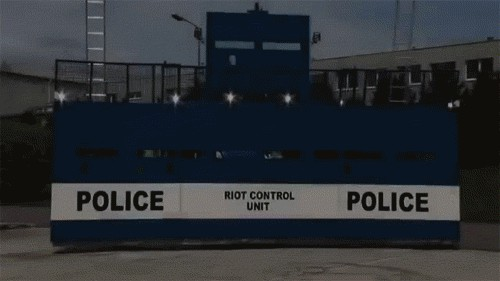 new police vehicle is simple yet brilliant 2825 New Police vehicle is simple yet brilliant (10 GIFs)