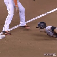 baseball fails are surprisingly 294 It wouldnt be Americas pastime if there werent a few fails (16 GIFs)