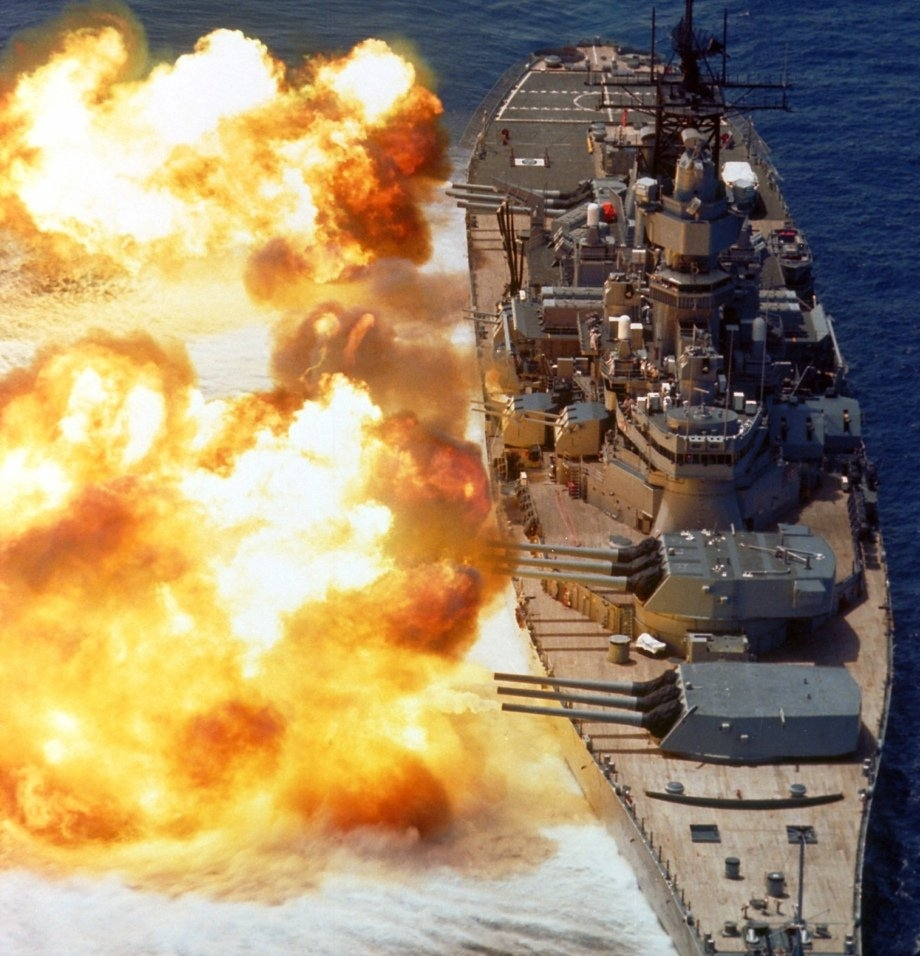 beauty and a beast uss iowa in high res 21 Beauty and a Beast: USS Iowa in high res (34 HQ Photos)