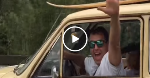 Happily divorced man paints message on his car (Video)