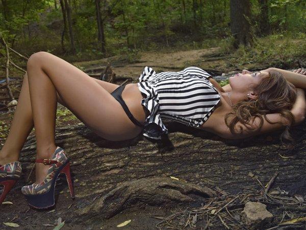A survey of people outdoor sexual habits (9 Photos)