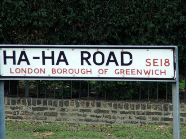 The UK has some strange street names (28 Photos)