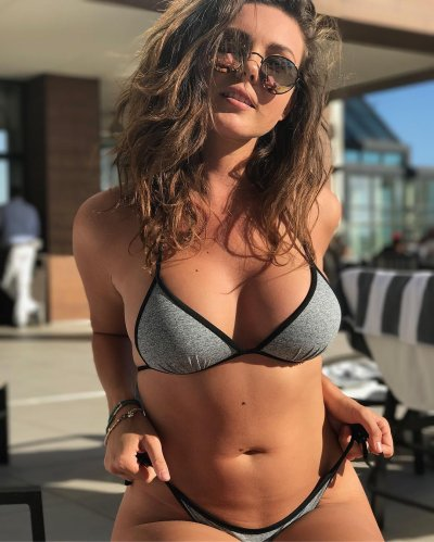 Hot models to follow on instagram
