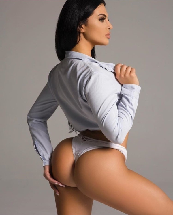 Last Chance: The Booty Scoop is an art form and these are its masters (35 photos) 3