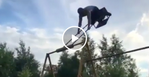 You play stupid f%*#ing games, you win stupid f%*#ing prizes (Video)