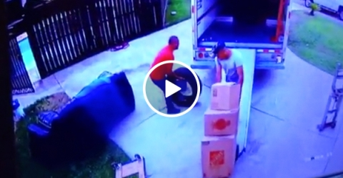 Guy catches scumbag worker faking injury to get money (Video)