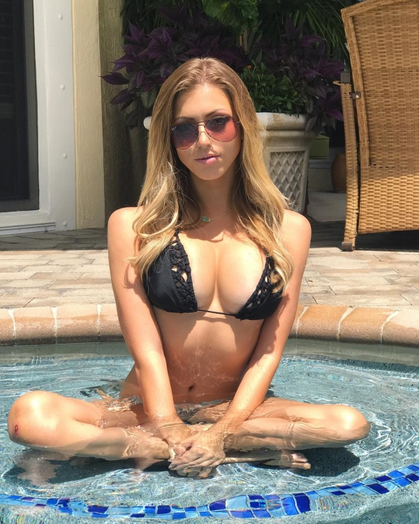 amanda vance is here to take you to paradise 27 photos 216 Amanda Vance is here to take you to paradise (27 Photos)