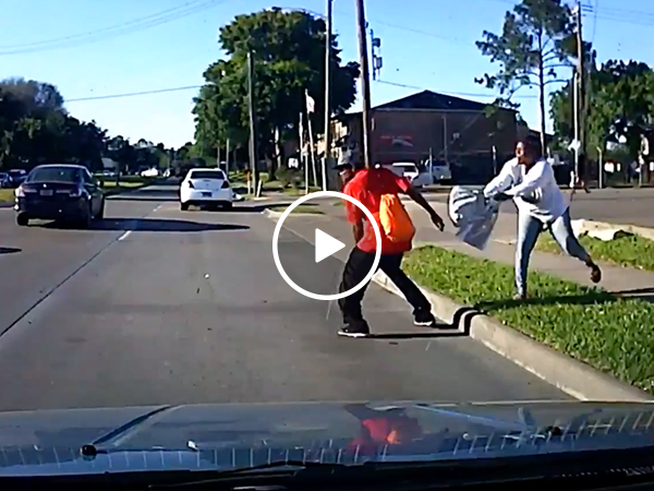 Argument at a bus stop turns into attempted murder (Video)